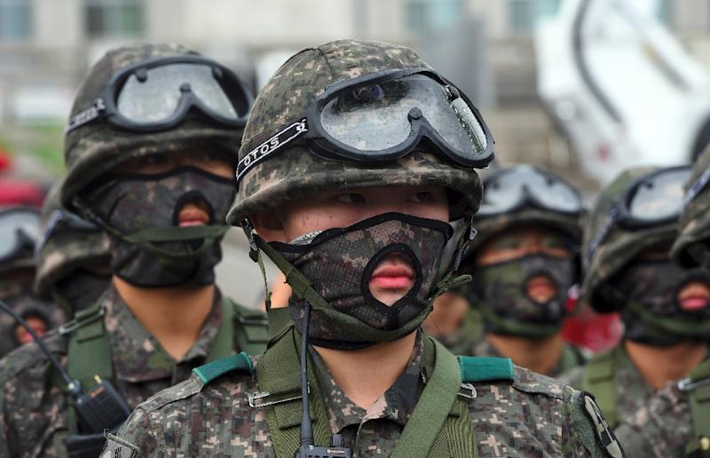 South Korean soldiers participate in an anti-terror drill on the sidelines of the Ulchi Freedom Guardian joint military drills with the US