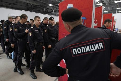 Liverpool, Man Utd fans trigger Moscow security jitters