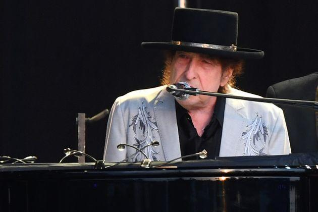 LONDON, ENGLAND - JULY 12: Bob Dylan performs as part of a double bill with Neil Young at Hyde Park on July 12, 2019 in London, England. (Photo by Dave J Hogan/Getty Images for ABA) (Photo: Dave J Hogan via Dave J Hogan/Getty Images)