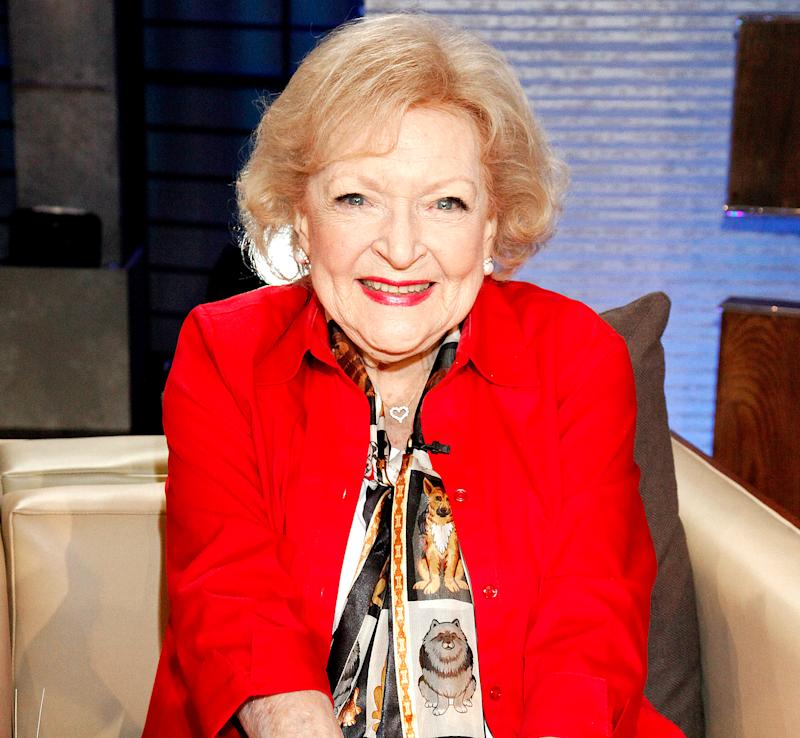 'Golden Girls' Restaurant Rue La Rue Cafe Coming to NYC, Betty White Will Reportedly Attend Opening