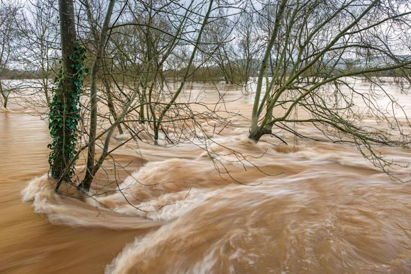 Record breaking high water levels in the river Wye at Monmouth, February 2020.2B06R6P Record breaking high water levels in the river Wye at Monmouth, February 2020.