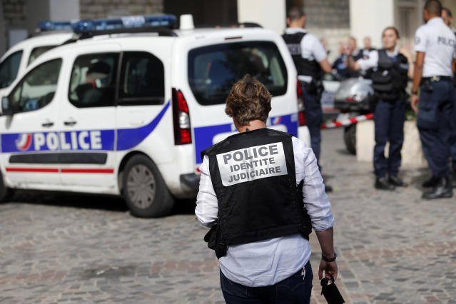 <p>French Police work on the scene where French soldiers were hit and injured by a vehicle in the western Paris suburb of Levallois-Perret near Paris, France, Wednesday, Aug. 9, 2017. (Photo: Kamil Zihnioglu/AP) </p>
