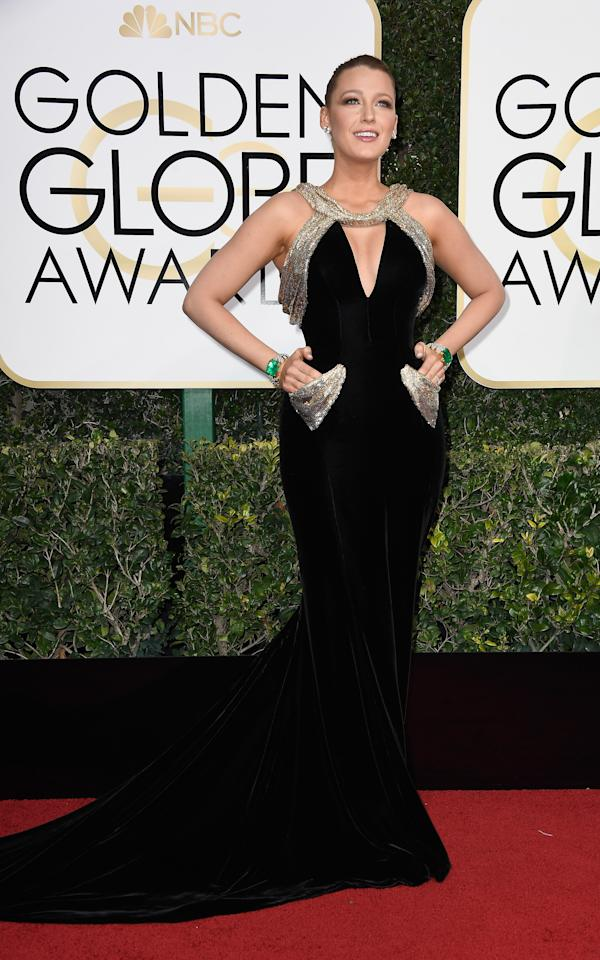 <p>Wearing Atelier Versace. <em>[Photo: Getty]</em> </p>