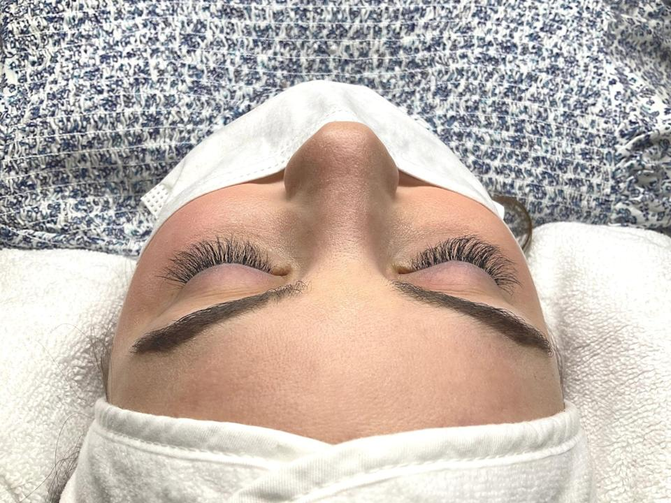 <p>This is what my eyelashes looked like immediately after receiving LUUM robotic extensions. As you can see, they're fuller, longer, and thicker. I had no agitation or discomfort after getting them done. I appreciate that the lash artist took some time to make them perfect for me.</p>