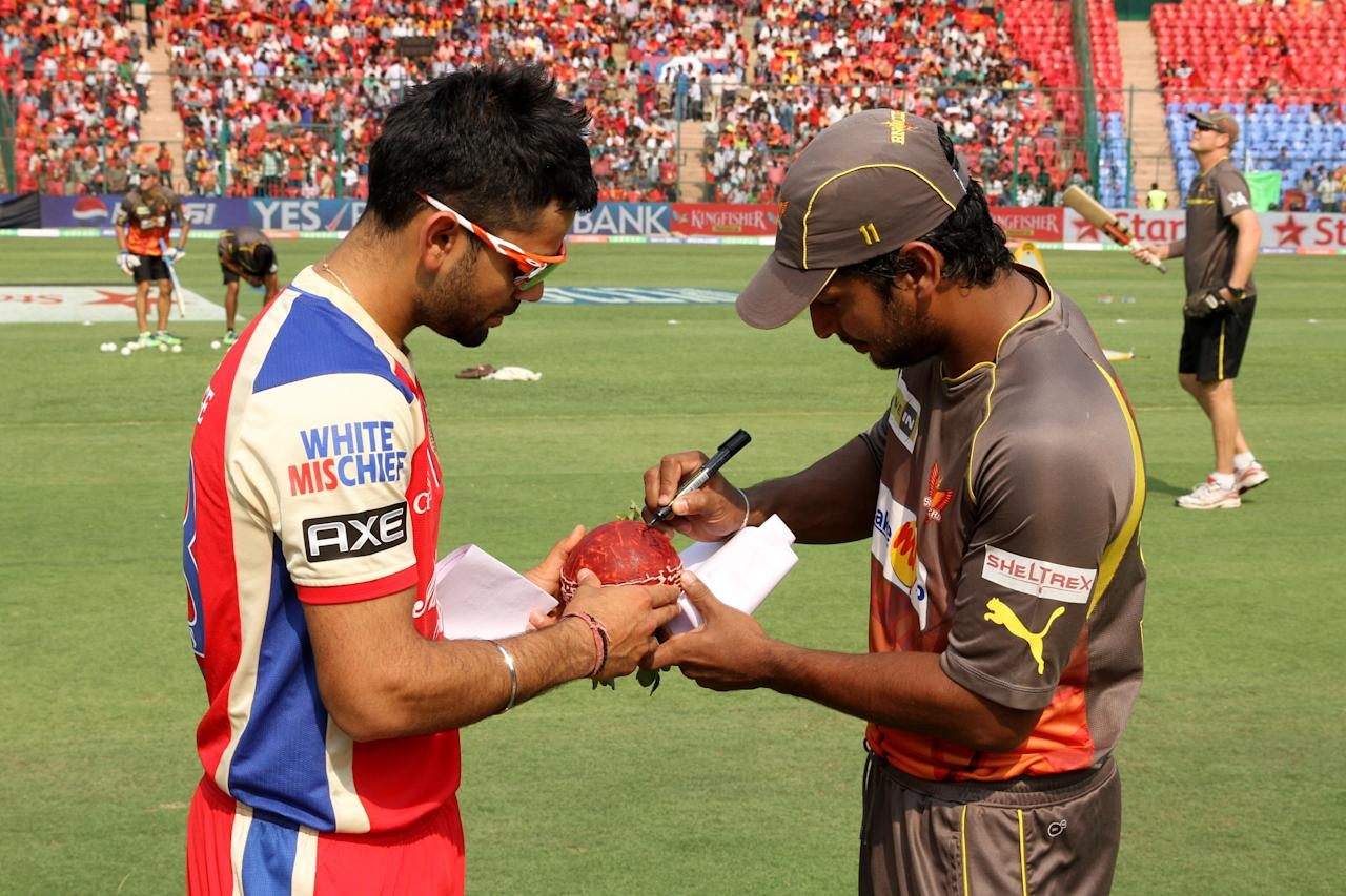 Kumar Sangakkara signing the sapling during match 9 of of the Pepsi Indian Premier League between The Royal Challengers Bangalore and The Sunrisers Hyderabad held at the M. Chinnaswamy Stadium, Bengaluru on the 9th April 2013. (BCCI)