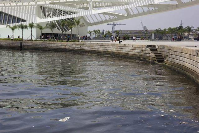 """""""Super bacteria"""" has been found in Guanabara Bay, the site of 2016 Olympic sailing competition. (Getty Images)"""