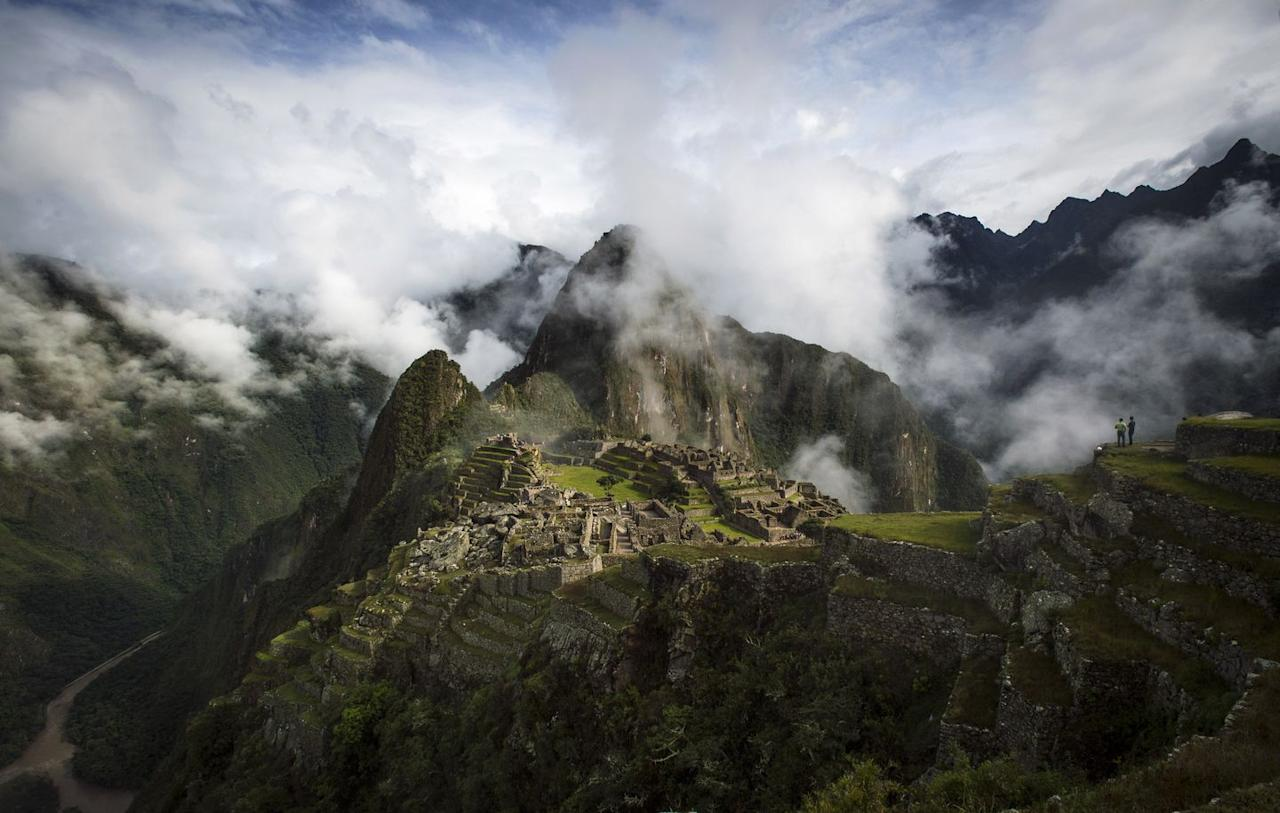 """<p>You no longer need to buy a plane ticket to Peru to see the legendary Machu Picchu in all its glory. The virtual tour of this Unesco World Heritage site is immersive, and filled with fascinating insights from a helpful narrator who accompanies you on your digital tour. Enjoy 360° views of the ancient Inca ruins surrounded by luscious Peruvian landscapes.</p><p>Discover it here: <a href=""""https://www.youvisit.com/tour/machupicchu"""" target=""""_blank""""><u>Machu Picchu Virtual Tour</u></a></p>"""