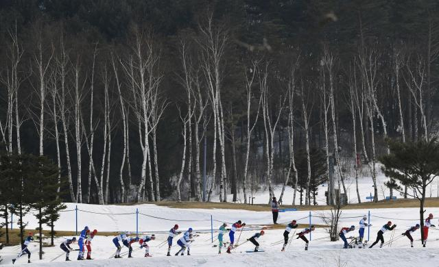 Cross-Country Skiing - Pyeongchang 2018 Winter Olympics - Men's 50km Mass Start Classic - Alpensia Cross-Country Skiing Centre - Pyeongchang, South Korea - February 24, 2018 - Athletes compete. REUTERS/Toby Melville