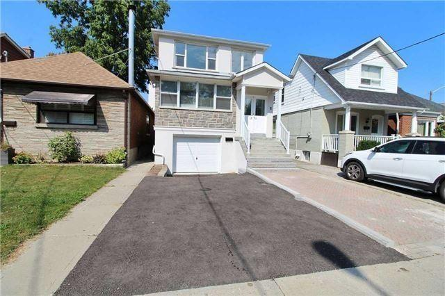 "<p><a rel=""nofollow"" href=""https://www.zoocasa.com/toronto-on-real-estate/5257096-8-bracebridge-ave-toronto-on-m4c2x7-e4114323"">8 Bracebridge Ave., Toronto, Ont.</a><br /> Location: Toronto, Ontario<br /> List Price: $989,000<br /> (Photo: Zoocasa) </p>"