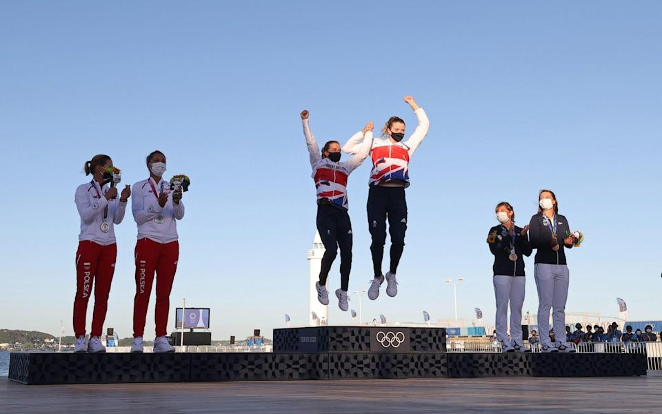 Mills and McIntyre jump for joy - REUTERS