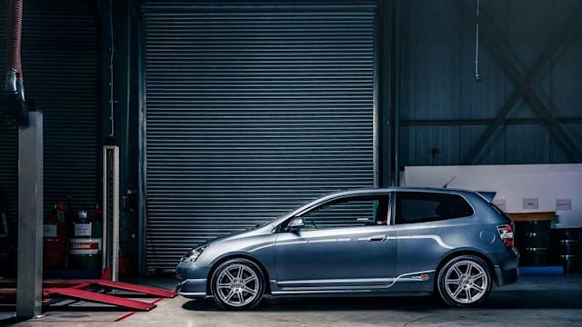 Why the best Hot Hatch Of The 2000's Is The Honda Civic Type-R