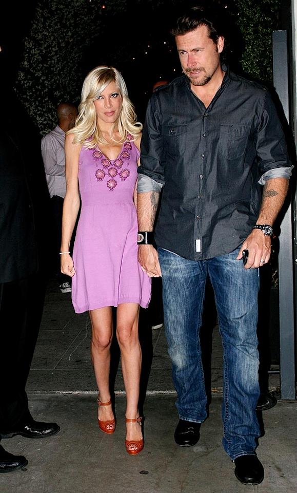 "Tori Spelling has said that she's too busy to eat. Hopefully she and hubby Dean McDermott enjoyed their dinner date. <a href=""http://www.splashnewsonline.com"" target=""new"">Splash News</a> - May 13, 2009"