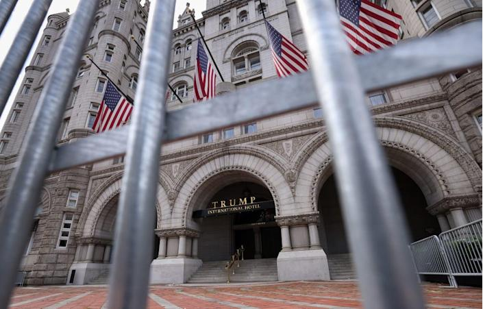 """<div class=""""inline-image__caption""""><p>Investigators suspect that Donald Trump Jr., Ivanka Trump, and others bilked the inaugural celebration by funneling events to the Trump International Hotel in Washington.</p></div> <div class=""""inline-image__credit"""">Kevin Dietsch/Getty</div>"""