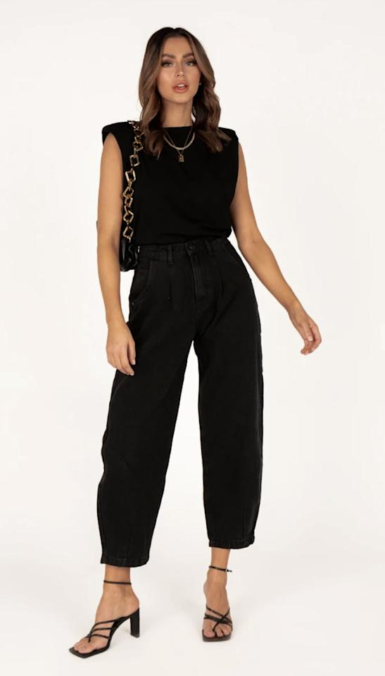 """<p>I recently purchased these Australian-owned <a href=""""http://dissh.com/products/hope-black-denim-slouch-jeans"""" target=""""_blank"""" class=""""ga-track"""" data-ga-category=""""internal click"""" data-ga-label=""""http://dissh.com/products/hope-black-denim-slouch-jeans"""" data-ga-action=""""body text link"""">Hope Black Denim Slouch Jeans</a> and am so excited to receive them. Although they are straight leg jeans, they have room in the leg that makes it easy to move with. These high-waisted, slightly cropped jeans are perfect all year round with any shoe of your choice.</p>"""