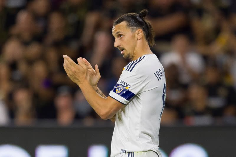 Report: Zlatan opts for second tour with AC Milan