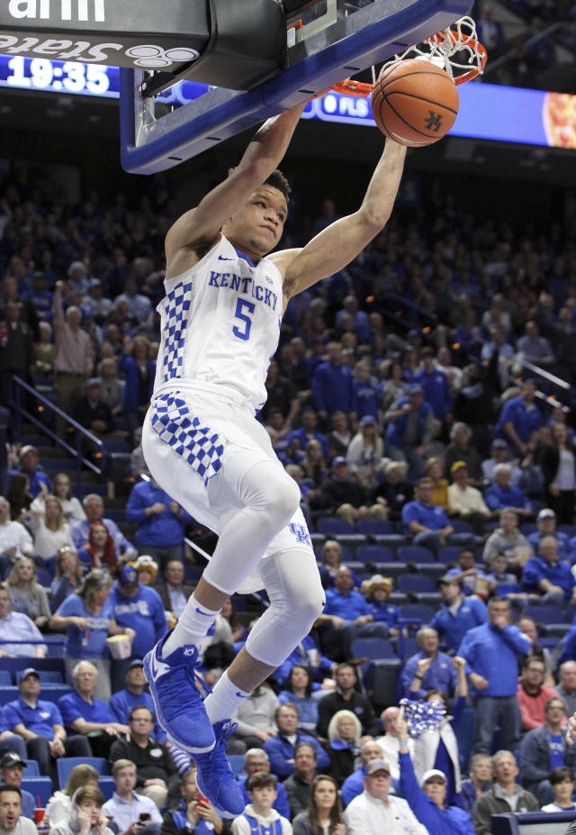 Kentucky's Kevin Knox dunks during the second half of the team's NCAA college basketball game against Missouri, Saturday, Feb. 24, 2018, in Lexington, Ky. Kentucky won 88-66. (AP Photo/James Crisp)