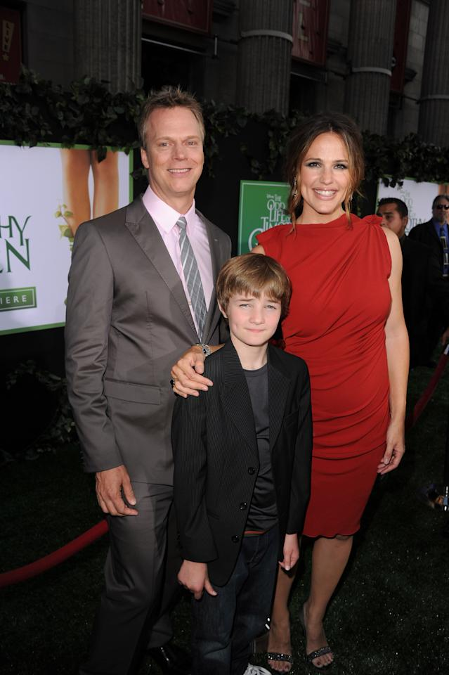 "HOLLYWOOD, CA - AUGUST 06:  Director Peter Hedges, actors CJ Adams, and Jennifer Garner arrive at the premiere of Walt Disney Pictures' ""The Odd Life of Timothy Green"" at the El Capitan Theatre on August 6, 2012 in Hollywood, California.  (Photo by Kevin Winter/Getty Images)"