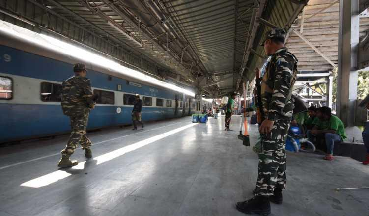 Major railway stations to have security access like airports soon