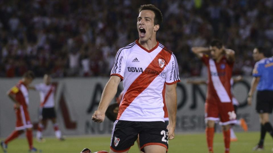 River Plate v Argentinos Juniors - Torneo Inicial 2013   Leo La Valle/Getty Images