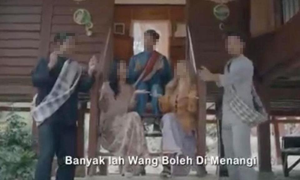 Online casino's Raya ad causes a stir, police and MCMC take action