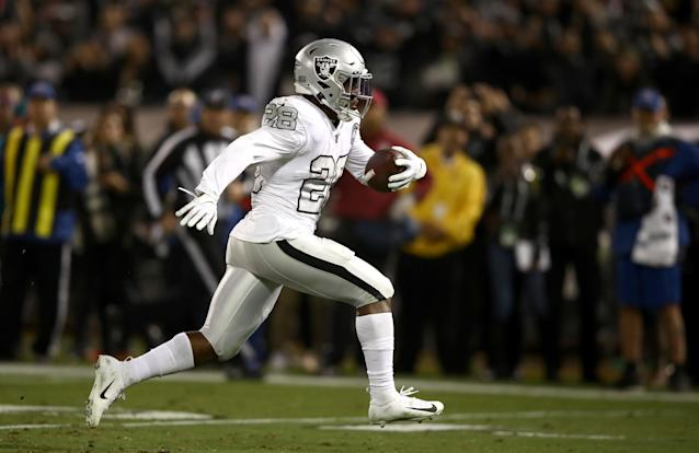 Oakland Raiders running back Josh Jacobs is currently a favorite for Offensive Rookie of the Year. (Photo by Ezra Shaw/Getty Images)