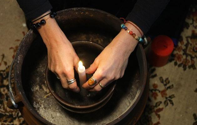 Candle magic is one way to do a spell. Photo: Be