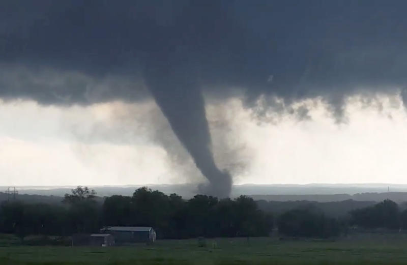 This image from a video taken through a car window shows a tornado near Wynnewood, Oklahoma, on May 9, 2016. This year could be the first in the modern record in which no EF4 or EF5 tornadoes touched down in the U.S. (Hayden Mahan via ASSOCIATED PRESS)