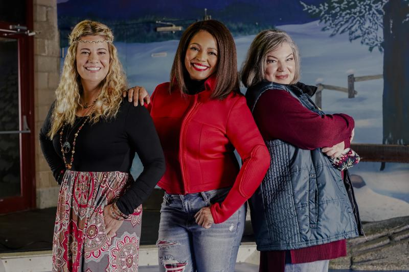 Finding Christmas Cast.The Facts Of Life Cast Reunites For Lifetime S Holiday