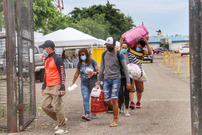 Over 1,000 individuals leave Cebu, return to their home provinces