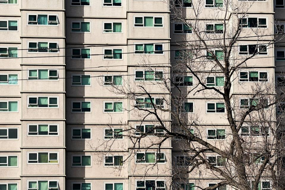 An apartment unit block used by the welfare and housing government agencies in Australia. <i>(Photographer: Christopher Freeman via Getty)</i>