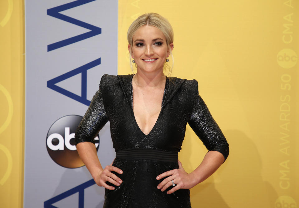 Actress Jamie Lynn Spears arrives at the 50th Annual Country Music Association Awards in Nashville, Tennessee, U.S., November 2, 2016. REUTERS/Jamie Gilliam