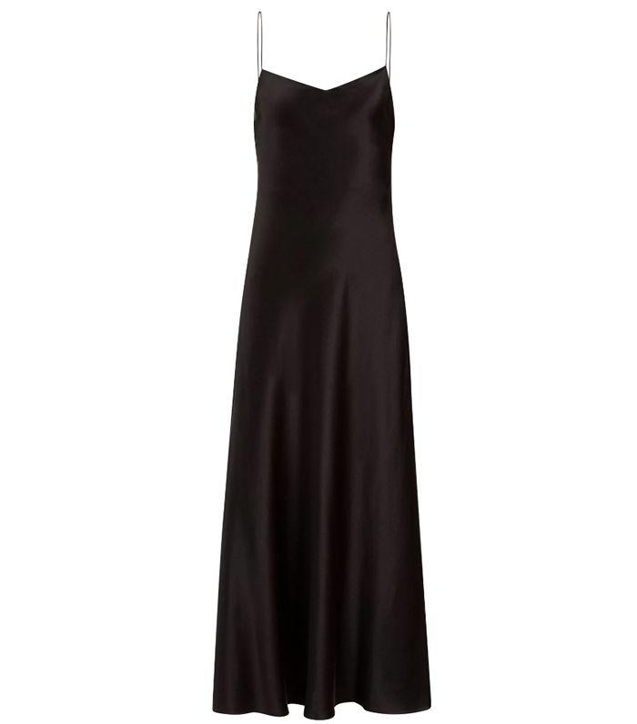 5b32e126b5 The 7 Timeless Dress Styles Everyone Needs in Their Wardrobe