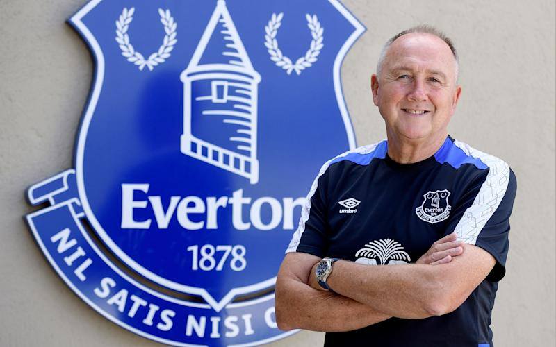 Director of football Steve Walsh is entering negotiations with Forest for the 15 year old - 2016 Everton FC