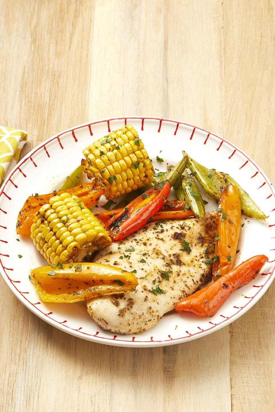 "<p>This one-sheet dinner has minimal cleanup. It also has steps to make your own Cajun seasoning!</p><p><strong><a href=""https://www.thepioneerwoman.com/food-cooking/recipes/a32499127/sheet-pan-cajun-chicken-and-corn-recipe/"" rel=""nofollow noopener"" target=""_blank"" data-ylk=""slk:Get Ree's recipe."" class=""link rapid-noclick-resp"">Get Ree's recipe.</a></strong></p><p><strong><a class=""link rapid-noclick-resp"" href=""https://go.redirectingat.com?id=74968X1596630&url=https%3A%2F%2Fwww.walmart.com%2Fsearch%2F%3Fquery%3Dsheet%2Bpans&sref=https%3A%2F%2Fwww.thepioneerwoman.com%2Ffood-cooking%2Fmeals-menus%2Fg35993911%2Fbest-corn-recipes%2F"" rel=""nofollow noopener"" target=""_blank"" data-ylk=""slk:SHOP SHEET PANS"">SHOP SHEET PANS</a></strong></p>"