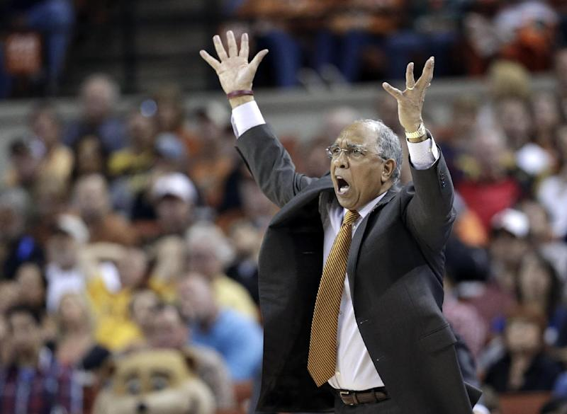 Minnesota coach Tubby Smith reacts to a foul call during the second half of a third-round game against Florida in the NCAA college basketball tournament Sunday, March 24, 2013, in Austin, Texas. Florida defeated Minnesota 78-64. (AP Photo/David J. Phillip)