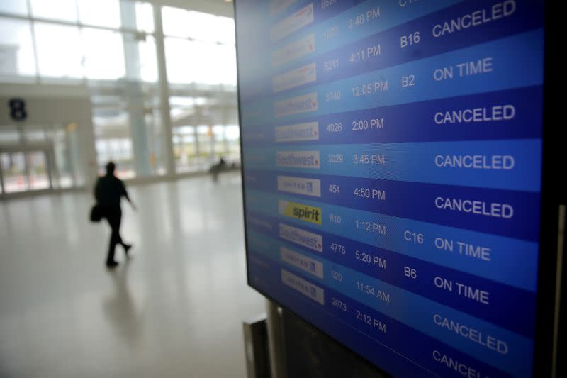 Refunds row escalates as airlines warn millions of jobs at risk
