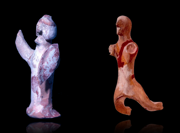 Small human figurines made of terracotta found in the agora deposit.