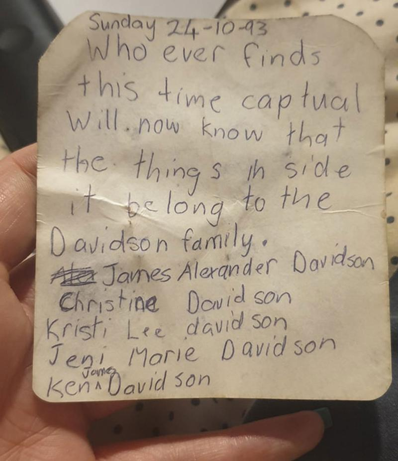 A note on the back of a photo dated October 24, 1993.