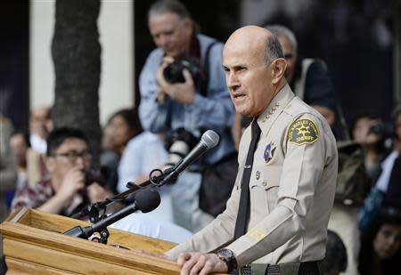 Los Angeles County Sheriff Lee Baca announces his retirement during a news conference at Los Angeles County Sheriff's headquarters in Monterey Park , California January 7, 2014. REUTERS/Kevork Djansezian