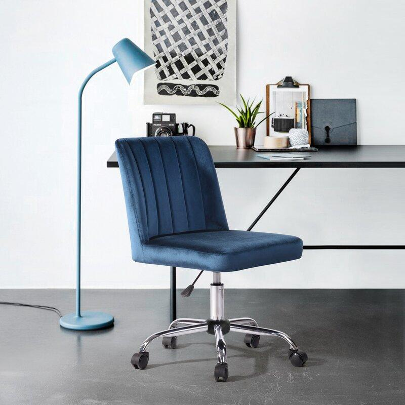 The ergonomic desk chair for people who hate the look of ergonomic desk chairs—70 percent off for Black Friday. (Photo: Wayfair)