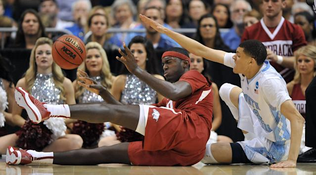 Arkansas loses SEC player of the year Bobby Portis to the NBA