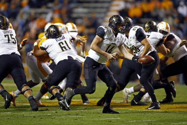 Vanderbilt quarterback Kyle Shurmur (14) made a big leap in 2017. (AP Photo/Wade Payne)