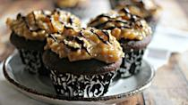 """<p>These moist cupcakes have a sweet and crunchy topping that showcases pecans, coconuts and a chocolate drizzle.</p><p><strong><a href=""""http://www.frugalmomeh.com/2014/04/german-chocolate-cupcakes.html"""" rel=""""nofollow noopener"""" target=""""_blank"""" data-ylk=""""slk:Get the recipe at Frugal Mom Eh!"""" class=""""link rapid-noclick-resp"""">Get the recipe at Frugal Mom Eh!</a></strong></p>"""