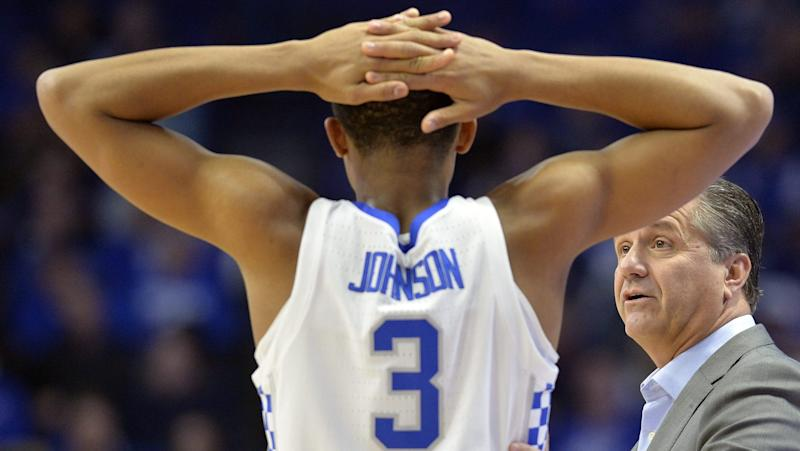 No. 2 Kentucky pulls away from Southern Illinois