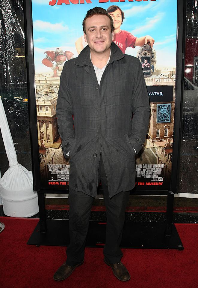 "<a href=""http://movies.yahoo.com/movie/contributor/1800019331"">Jason Segel</a> at the Los Angeles premiere of <a href=""http://movies.yahoo.com/movie/1810107830/info"">Gulliver's Travel</a> on December 18, 2010."