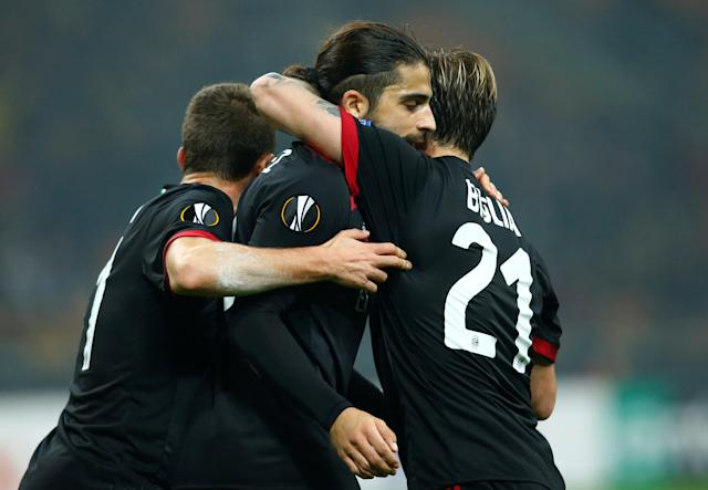 Soccer Football - Europa League - AC Milan vs FK Austria Wien - San Siro, Milan, Italy - November 23, 2017 AC Milan's Ricardo Rodriguez celebrates scoring their first goal with teammates REUTERS/Alessandro Garofalo