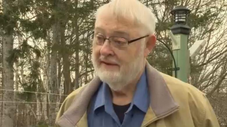 Hawk takes care of Charlottetown man's crow problem