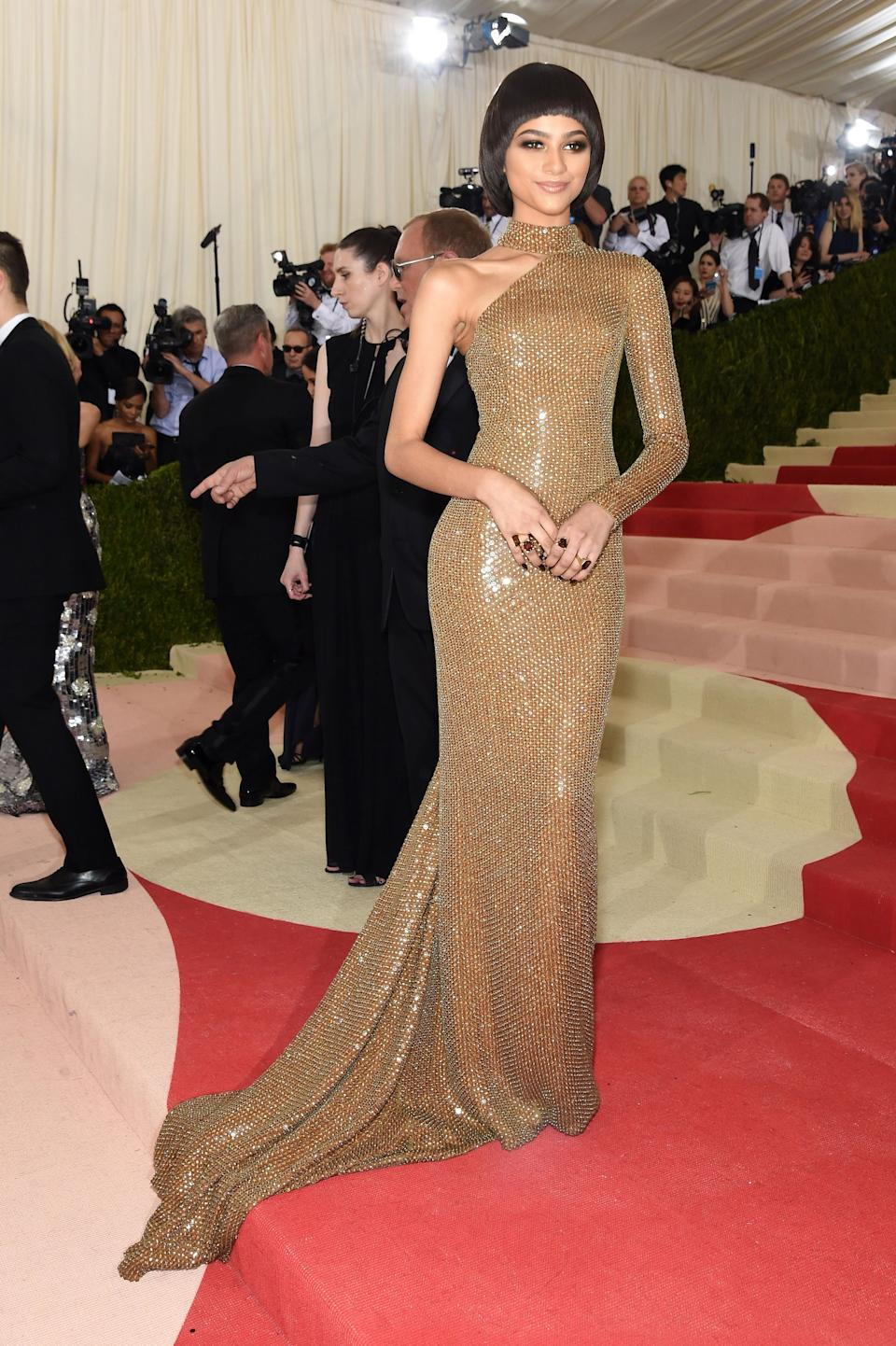 """<h1 class=""""title"""">Zendaya in a Michael Kors Collection dress and Jorge Adeler rings</h1><cite class=""""credit"""">Photo: Getty Images</cite>"""