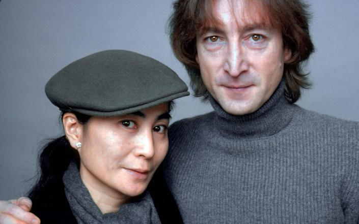 John Lennon And Yoko Ono photographed on November 2, 1980 - Jack Mitchell /Getty