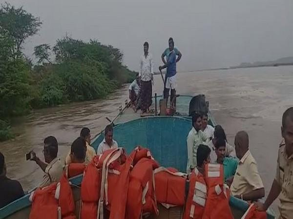 Rescue work being carried but in the Guntur district (Photo/ANI)